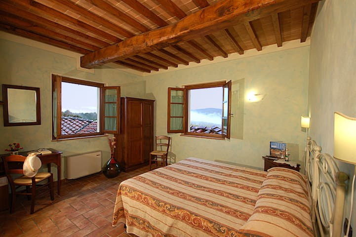 Le colline toscane Bed and Breakfast
