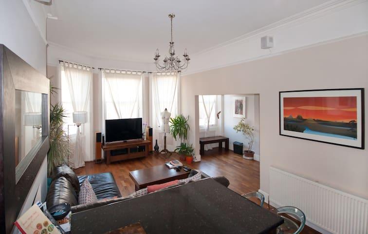 Victorian Flat in Brighton & Hove - Hove - Apartamento