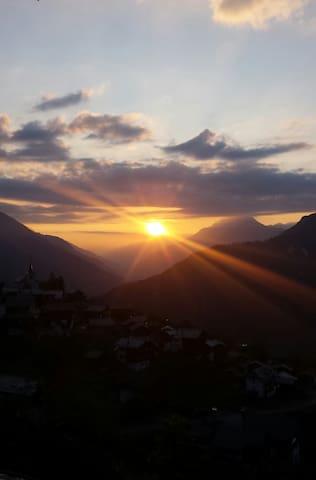 Sonnenaufgang Zeneggen