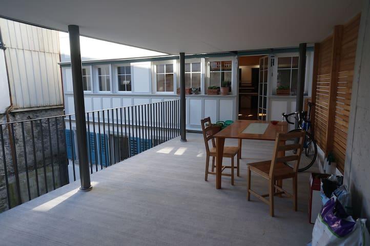 Terassen-Wohnung 120m2 - Herisau - Apartamento