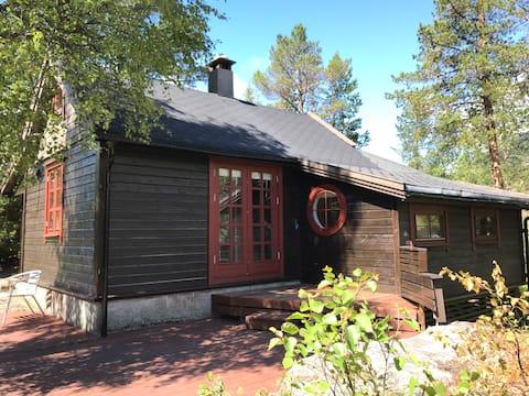 Lodge at Løyning, Odda. Trolltunga, Langfoss