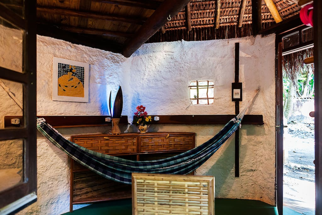 Earth-Lodge 01, with mezzanine - Nature Retreat Bela Natureza… (eco-accommodation_Bahia_Brazil_relax_healing_dog)