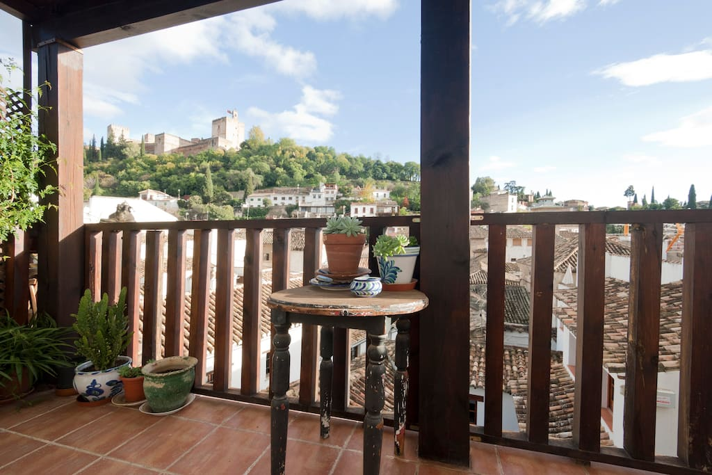 Oferta especial terraza y alhambra apartamentos en for Especial terrazas