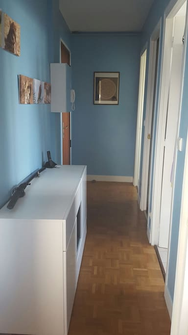 Couloir (Corridor)