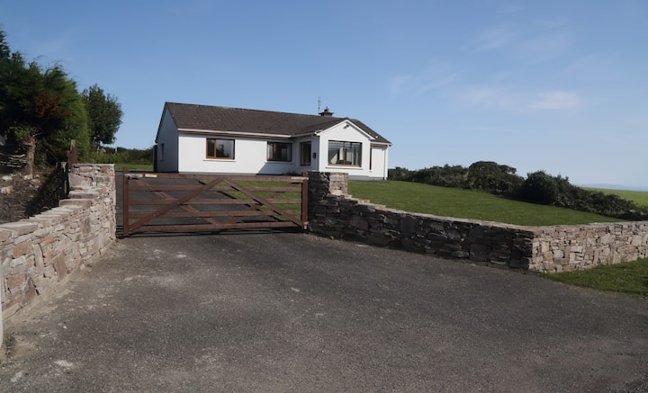 Cosy holiday home near Castlegregory, Co Kerry