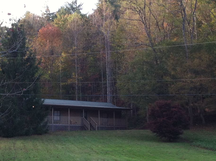 The Overlook is nestled in the trees at the base of the mountains. The huge front yard is great for playing games with friends and family.