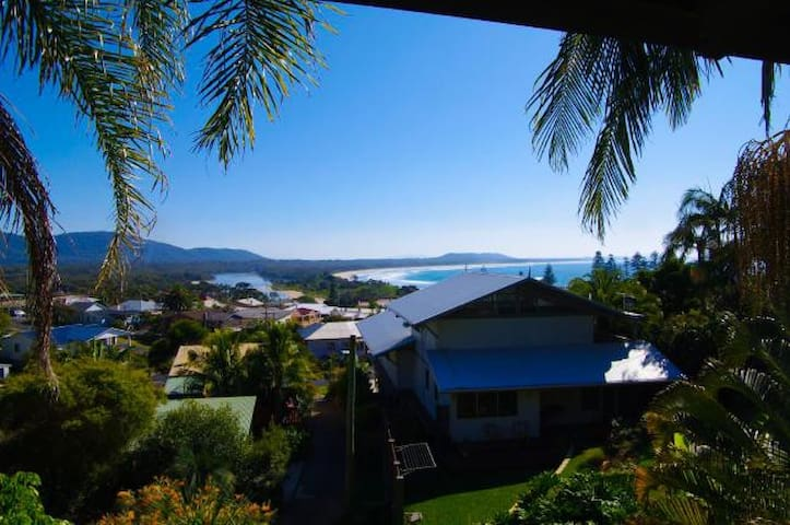 Amazing ocean views, tranquil setting, best value - Crescent Head - Casa