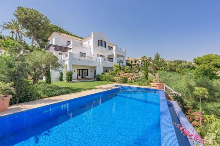 Brand new Luxury Villa w/ Sea Views - Benahavis - Villa