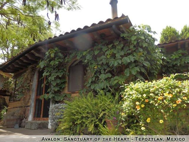 Santuaio Avalon: Casa Samadhi