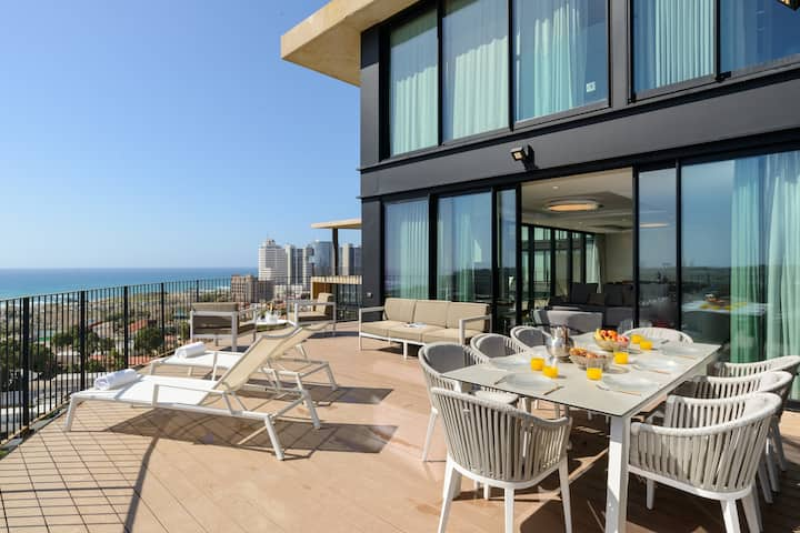 AMERICAN COLONY & NEVE TSEDEK - SEA VIEW DUPLEX-ONE OF A KIND-DAILY CLEANING