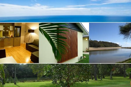 Golden Cane Couples Retreat - Woolgoolga - Apartmen