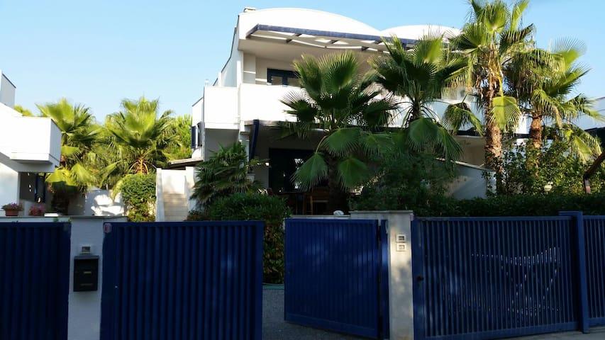 Pouille,Apulia,Puglia,apartment&garden on the sea. - Campomarino - Apartment