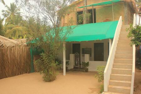 Elements beachfront rooms (ground) - Agonda