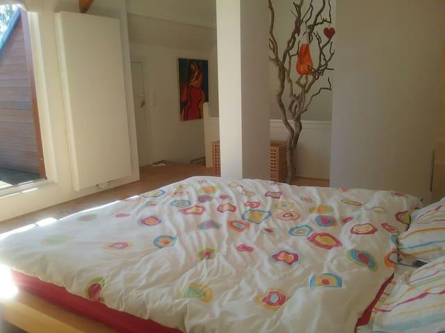 Sunny duplex 80m+terrace, 3ch, 5 be - Genappe