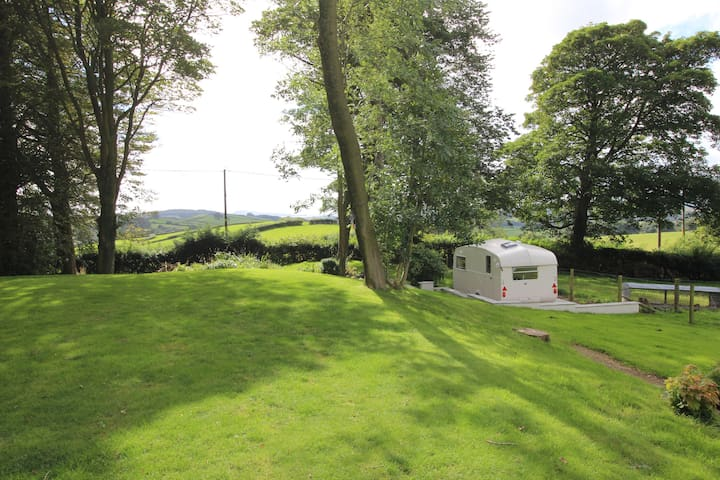 Lakeland Vintage Cottage Caravan - Barrows Green - Rumah