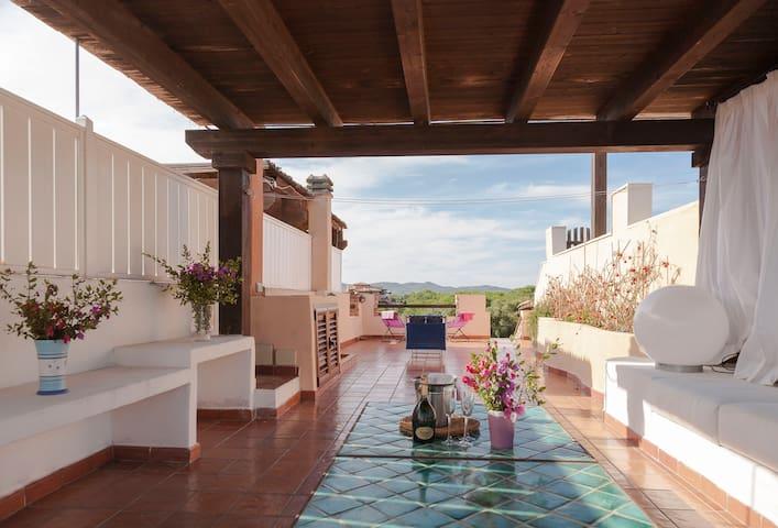 B&B splendida villetta immersa nel verde - Porto Rotondo - Bed & Breakfast