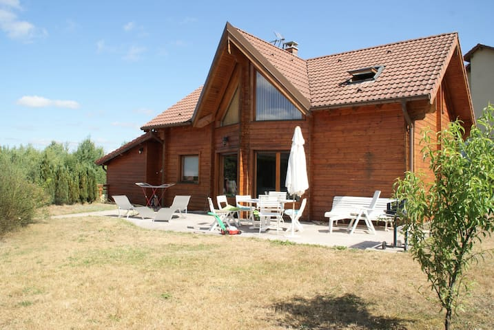 Chalet LOMA. Spacieux, confortable. - Vagney - Chalupa