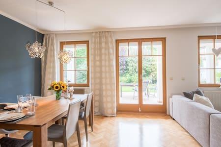 Vienna calling - business - leisure - Sulz im Wienerwald - Hus