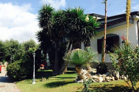 Villa in the countryside of Napoli - Quarto