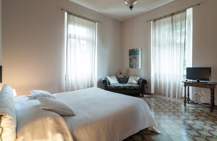 appartamento privato in villa - Varese - Villa