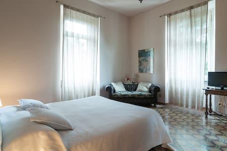 appartamento privato in villa - Varese