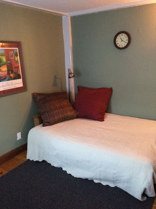 2. Bedroom with full size futon.