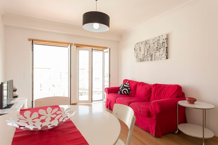 Modern three bed duplex  3E - Moscavide