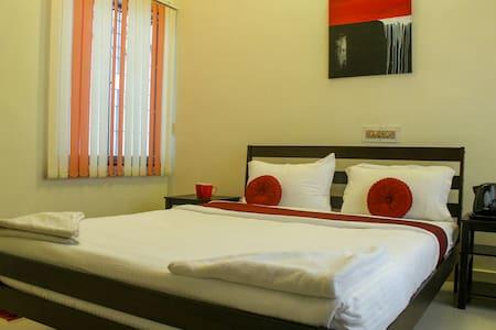 Bed And Breakfast near Shankara Nethralaya - Chennai - Pis