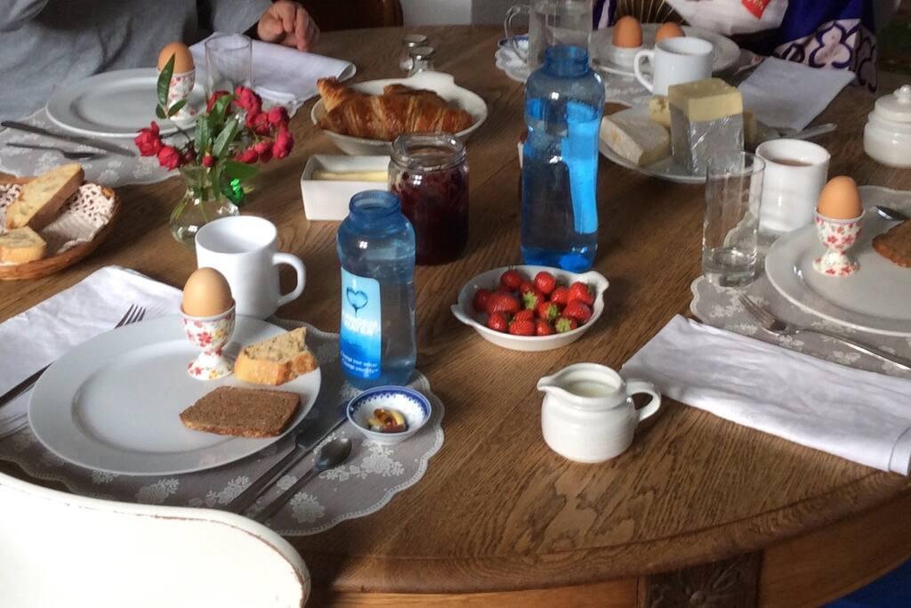 Dit ophold er selvfølgelig inklusiv morgenmad.