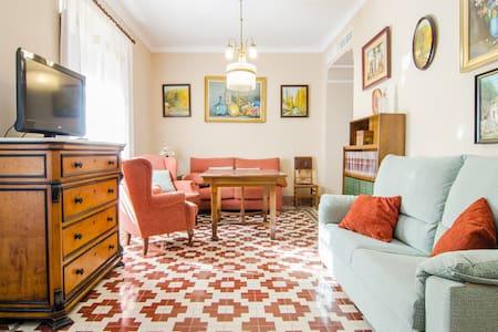 Apartamentos Salmerones (5/7 pax) - Alhama de Granada - Huoneisto