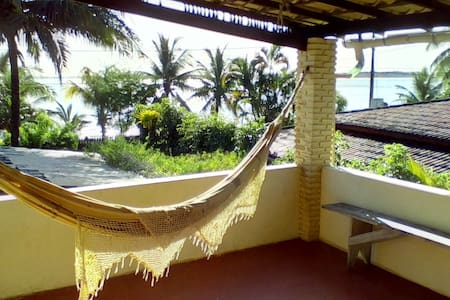 Bungalow in beach house right by the ocean - Itaparica