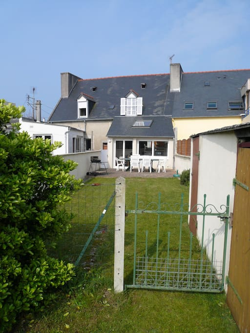 Maison plein centre avec jardin maisons louer - Maison a louer avec jardin wasquehal dijon ...