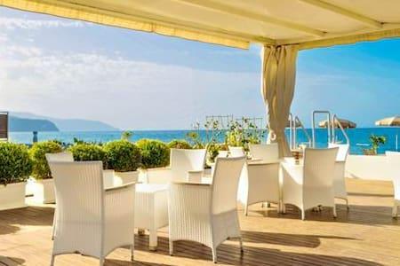 Beach-side with pool-Lipari B apt. - Terme Vigliatore - Apartment
