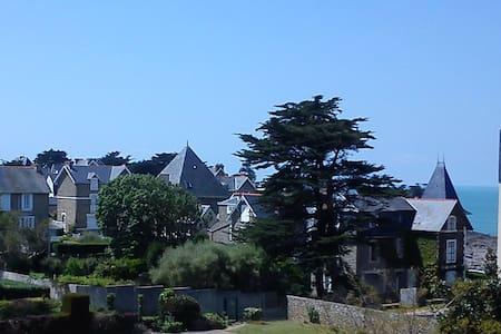 Les Goélettes du Val, St Malo - Saint-Malo