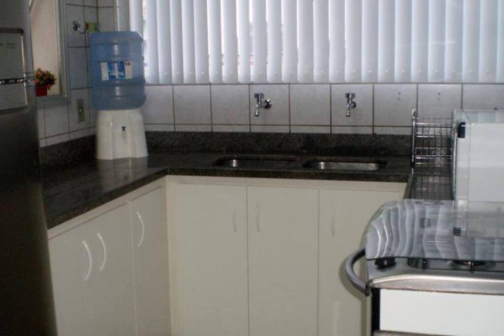 cozinha super montada para sua comodidade.