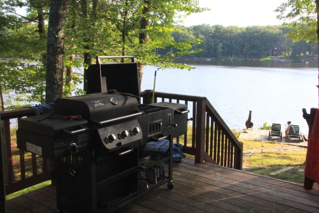 Lakeside house rental houses for rent in milford for Milfords fish house
