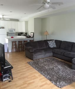 Perfect townhouse for all IU events