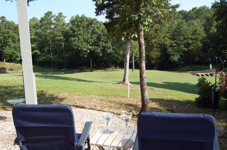 Private Luxury King Suite Apt w/Golf view - Hot Springs Village - Appartamento