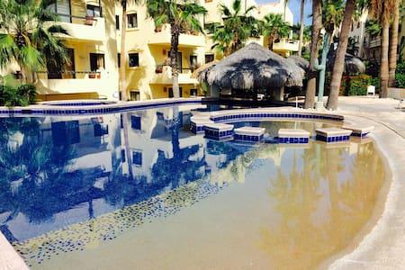 Hotel Zone/2 Blocks to Beach! - San José del Cabo