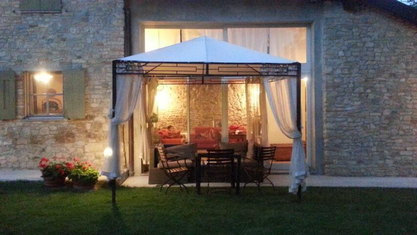 LA DAVANA PARMA  ELEGANTE COTTAGE - Salsomaggiore Terme - Villa