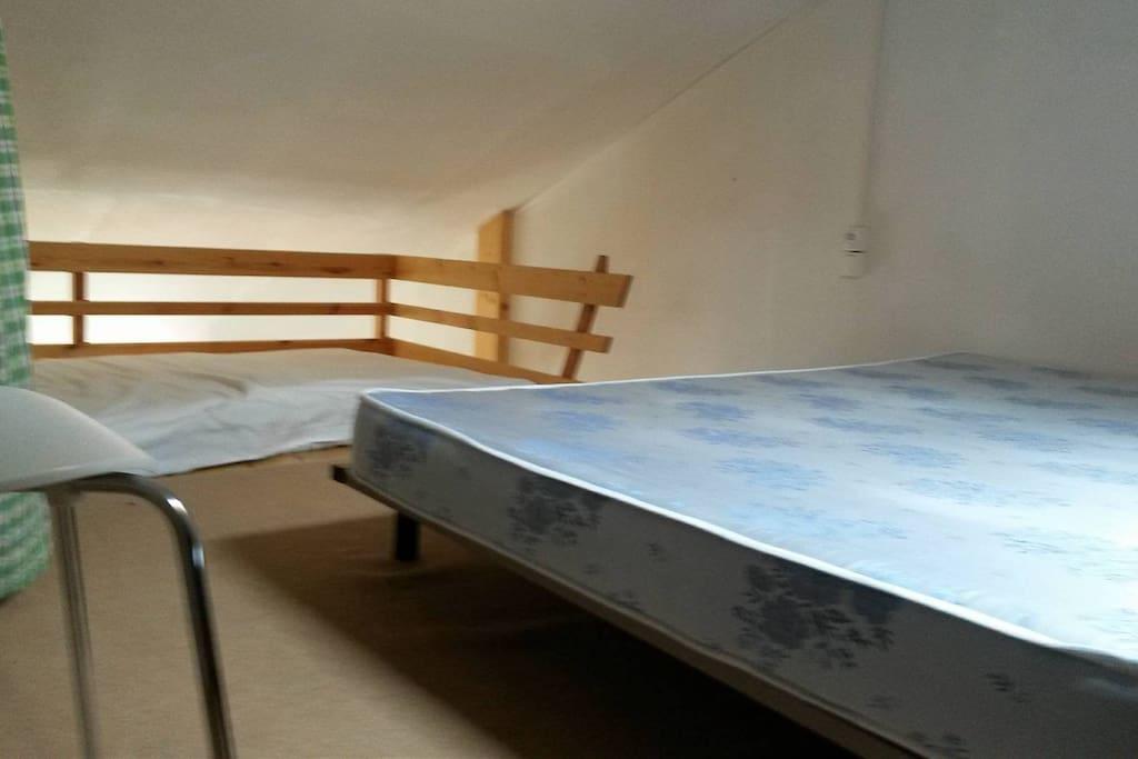2 lits sur une mezzanines de 18 m²