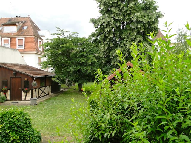 Maison au calme proche Strasbourg - Eckbolsheim - House