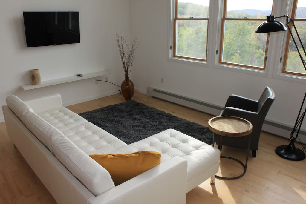 Loft Two, Seating