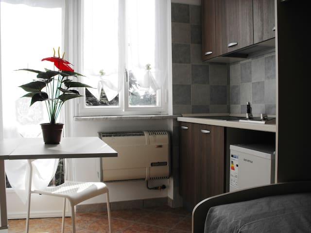 monolocale in Asti - Asti - Apartamento