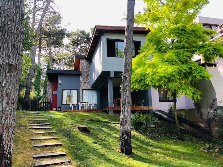 Casa en Mar Azul a 100 mtrs. del Mar, 3 ambientes