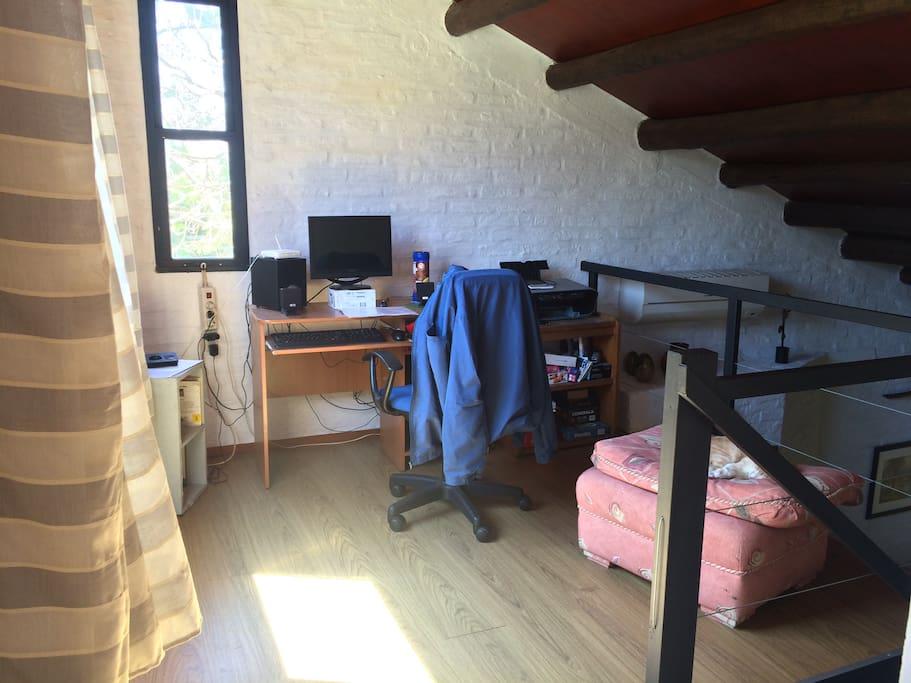 deck segundo piso, con dormitorio