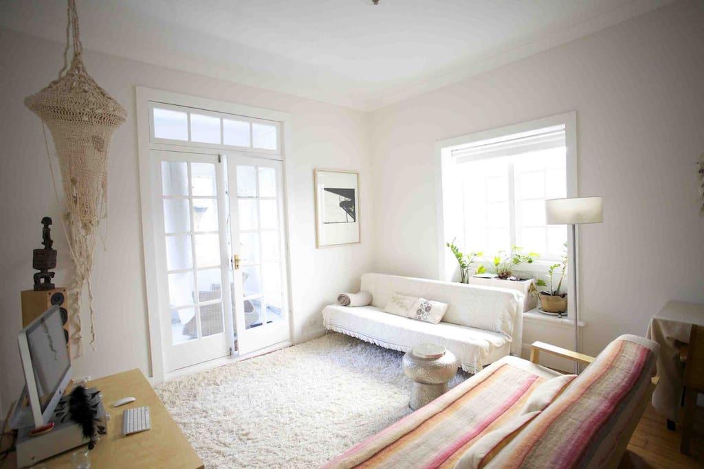 Charmant appartement la c te style art d co appartements louer coogee nouvelle galles - Idee deco charmant huis ...