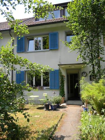 Herzlich Willkommen - Basel - House