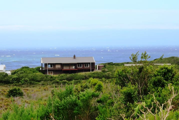 Tobie - Mountain and Sea Views - Betty's Bay - Casa