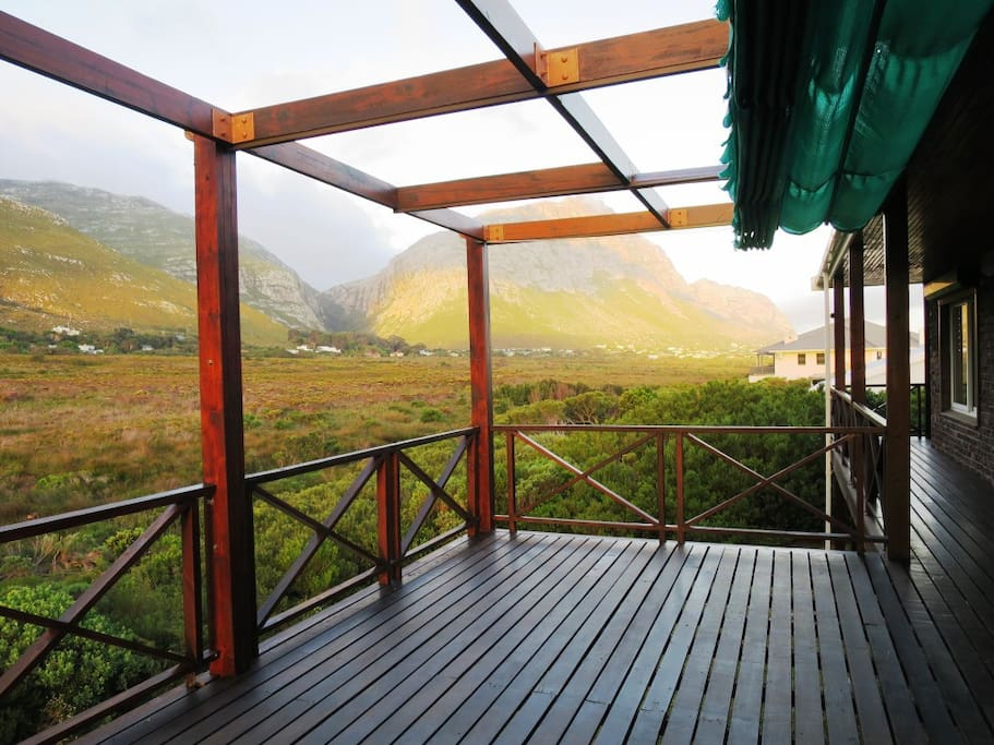 Lovely decks and mountain views over the marsh